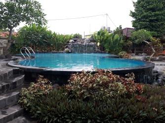 Kolam Renang Puri Pangeran Hotel #1